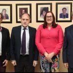 """Ministerio de la Mujer y Unión Europea convocan concurso fotográfico """"Iguales tras el objetivo""""."""