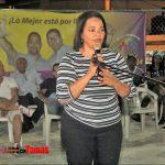 DRA. ADRIANA MATEO RECIBE APOYO DE CIENTOS DE PERSONAS EN SDO