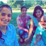 """General Acosta Castellanos publica foto en Twitter con su familia y dice """"no podrán"""" destruirlo"""