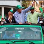 Leonel Fernández y Francisco Luciano en amplio recorrido por SDO