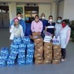 Dirigentes sociales donan mascarillas y batas al hospital Vinicio Calventi de Los Alcarrizos
