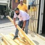 César Guzmán continúa trabajo social; lleva solución a Iglesia del Libertador
