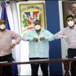 Alcaldías de Santo Domingo Oeste y la Vega firman convenio con FUNDESI INC