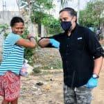 Cesar Guzmán continúa con entrega de raciones alimenticias, va en auxilio de munícipes en Zona de Expansión