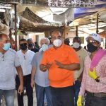Alcalde José Andujar sostuvo reunión con los mercaderes de La Pulga