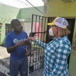 Diputada Ana María Peña continúa jornada de fumigación, desinfección y limpieza en sectores vulnerables de SDO.