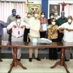 Alcaldía SDO recibe donación de Kit de pruebas rápidas Covid- 19 del Comando Salud PRM