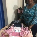 Federación de Mujeres Las Golondrinas confecciona mascarilla para donarlas adultos mayores en SDO