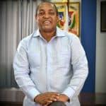 Alcalde de SDO José Andújar felicita a los padres en su día.