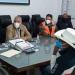 Director de la OMSA dispone de autobuses para trasladar a albergues afectados por Laura