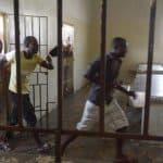 Un haitiano operaba una rgigantezca red de estafadores desde cárcel La Victoria