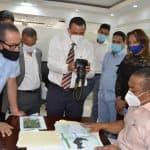 Ing. José Andújar recibe comisión de Junta de vecinos de Engombe para aclarar ubicación del Mercado de la Pulga.