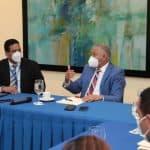 Radhamés González visita a director Compras y Contrataciones en procura realizar gestión transparente en OMSA