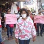 Jacobina Moreno, regidora por SDO realiza concentración en apoyo a las mujeres víctimas de violencia de género.
