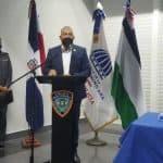 Presentan tarjeta para el uso de pasaje gratis de policías en OMSA, Metro y el Teleférico