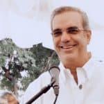 Abinader aporta RD$579,8 millones pago doble sueldo para ayuntamientos