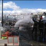 OMSA informa sobre incendio de autobús en Santiago; ocupantes salieron ilesos