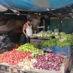 Comerciantes madrugaron este sábado para vender sus mercancías en los mercados antes del mediodía