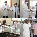 Doctora Seleyda Lorenzo dona medicamentos al Hospital Municipal Engombe