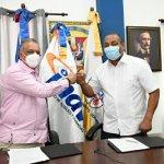 INAVI continúa ampliando cobertura de seguros funerarios; firma acuerdo de colaboración con Alcaldía SDO