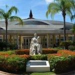 Luis Abinader anuncia extensión de la UASD en Santo Domingo Este