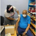 Miguel Espinal invita a vacunarse contra el COVID 19