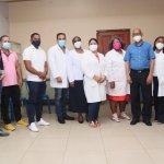 Hospital de Engombe realiza charla de salud comunitaria en el Iván Guzmán Klang