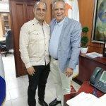 Dirigente José Moya realiza visita de cortesía al administrador INAVI