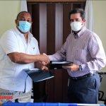 Alcaldía SDO y Navieros pactan acuerdo de colaboración